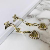 bee ×heart chain pierce