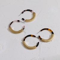 marble  × gold hoop  pierce