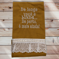 28:De longe você é linda.../Mostarda com renda :ワンポイント刺繍入りマルチクロス:42×50