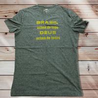 051: Brasil acima de tudo:メンズコットンジャージーVネックTシャツ・M~Lサイズ