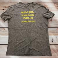 048: Brasil acima de tudo:メンズコットンジャージーVネックTシャツ・M~Lサイズ