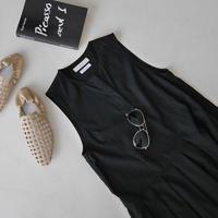 SILKY ESSENTIAL  PLEATS DRESS/BLACK