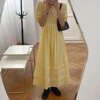 プリーツパフスリーブバックオープンドレス