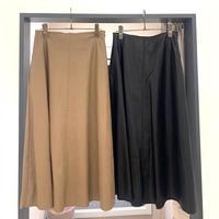 【BEATRICE/ベアトリス】フェイクレザースカート