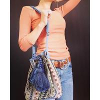 民族刺繍ボンボンショルダーバッグ