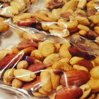 明石 スモークナッツ 1.0kg 業務用(袋詰め)