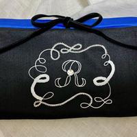イニシャル刺繍 マスクケース イニシャル「R」