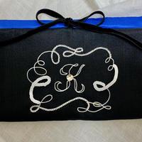 イニシャル刺繍 マスクケース イニシャル「K」