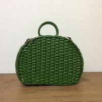 緑のかごバッグ