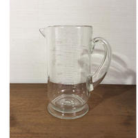 ガラスのメジャーカップ