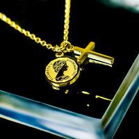 Elizabeth coin & cross necklace gold №26