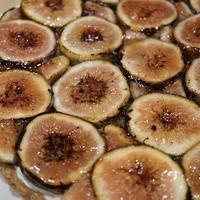 ASG×広内エゾリスの谷チーズ社 イチジクとフロマージュブランのタルト 21cm(ホールケーキ)