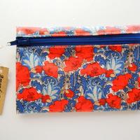 リバティラミネートポーチ(大)クレメンティナ・オレンジブルー
