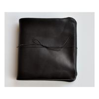 エメ内縫い折財布