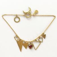 Triangle Bracelate / Garnet