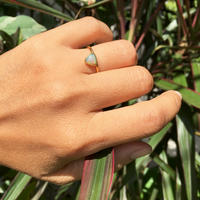 Triangle Opal / ring