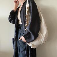 frill shoulder bag (ecru)