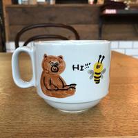 手描きのマグカップ/ BEAR & HONEY BEE