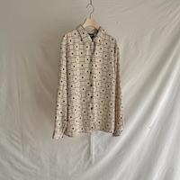 Modern pattern shirt