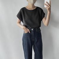 Simple black tops