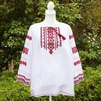 【ウクライナ雑貨】ウクライナ刺繍・手 織りコットンシャツ ES2