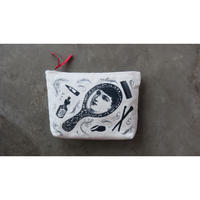 "Chase & Wonder washing bag  "" Lady in mirror """