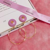 Re item♡handmade CHANEL pink button 2way foop earrings