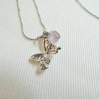 蝶々アメジストシルバーネックレス