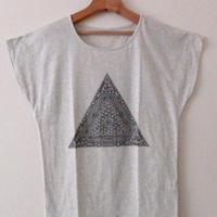 受注生産!【レディース】ピラミッドTシャツ