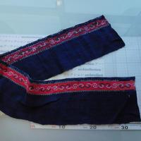 モン族のスカートのボーダー布 no.35  16 x90-100cm 麻布混 Hmong embroidery needlework はぎれ ラオス タイ