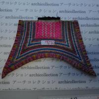 モン族の胸襟飾りWING型 no.15  17x20 cm  Hmong embroidery needlework はぎれ ラオス タイ