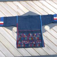 ハニ族ジャケットstores.NO. 1  アカ族 中国 雲南省 タイ ミャンマー北部山地岳 民族衣装 本物 手仕事 刺繍