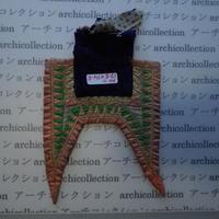 モン族の胸襟飾りWING型 no.11  17.5x14.5 cm  Hmong embroidery needlework はぎれ ラオス タイ