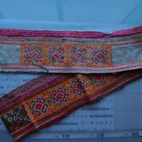 モン族のスカートのボーダー布 no.8  13 x90-100cm 麻布混 Hmong embroidery needlework はぎれ ラオス タイ