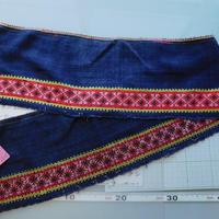 モン族のスカートのボーダー布 no.43  16 x90-100cm 麻布混 Hmong embroidery needlework はぎれ ラオス タイ