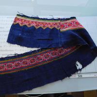 モン族のスカートのボーダー布 no.36 16 x90-100cm 麻布混 Hmong embroidery needlework はぎれ ラオス タイ