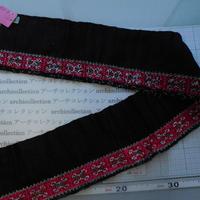 モン族のスカートのボーダー布 no.27  13 x90-100cm 麻布混 Hmong embroidery needlework はぎれ ラオス タイ