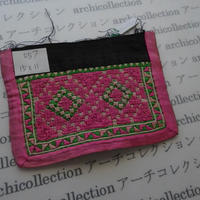モン族の襟飾り no.57 15x11 cm  Hmong embroidery needlework はぎれ ラオス タイ