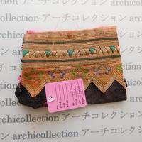 Hmong モン族 はぎれno.197  14x9 cm 刺繍布 古布 山岳民族 hilltribe ラオス タイ