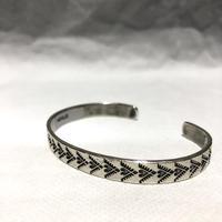 "indian jewelry ""Henry Mariano(navajo)""stamped narrow bangle B"