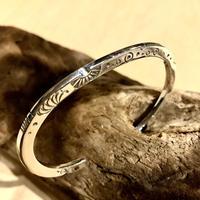"indian jewelry ""Norbert Peshlakai(navajo)"" stamped bangle"