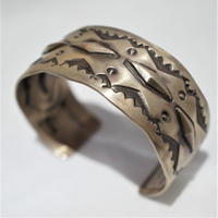 "indian jewelry ""nora tahe(navajo)""stamped wide bangle"