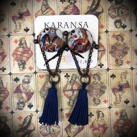 KARANSA/カランサ アンティークトランプオリジナルカボションイヤリング(ブルータッセル) KE-10
