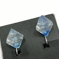 伴蔵装身具屋 魔鉱石の耳飾り 12 イヤリング