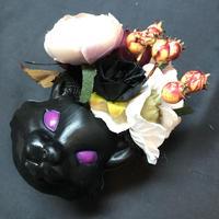 Pantom Jewelry/ファントムジュエリー 黒猫のコサージュ ホワイト系