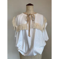 FRINGE COLLAR T-SHIRT