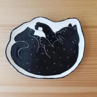 ねこ皿 小 黒