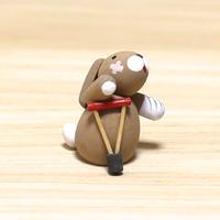 ウサギと松葉杖/ ギュンター・ライヒェル工房