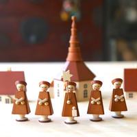 教会と聖歌隊