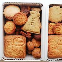 【店頭受け取り限定】5月のクッキー缶(完全受注販売)